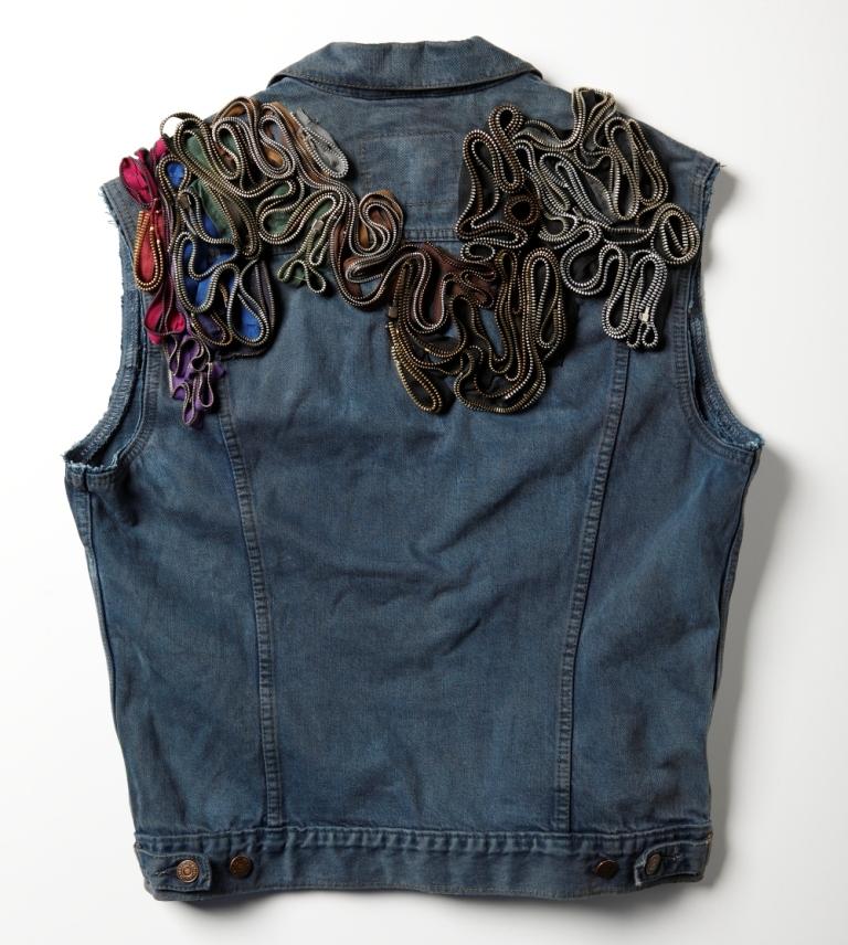OutsaPop DIY zipper denim vest 3
