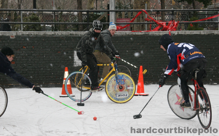 hardcourt bike polo lief reach adam and goal in snow
