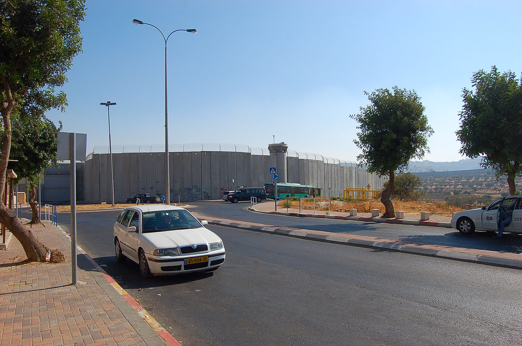Wall between Israel and Palestine
