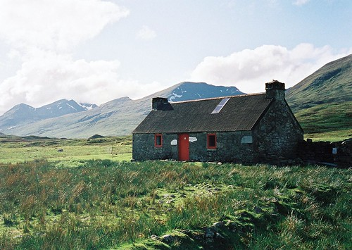 Meannanach Bothy