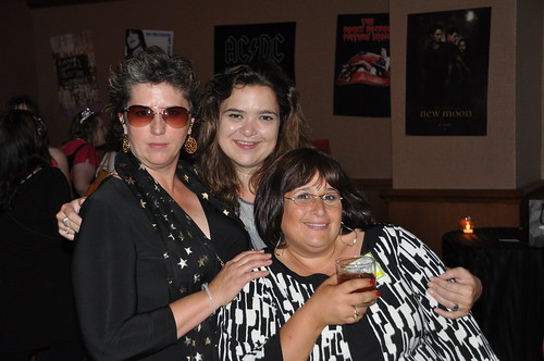 Suebob, Laurie White and Devra
