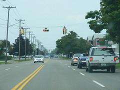 Elmwood 5 (Sean_Marshall) Tags: newyork trafficlight buffalo kenmore trafficsignal