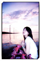 Amanda in  07 (Ming - chun ( very busy )) Tags: sunset sea sky cloud water girl taiwan