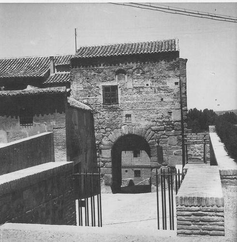 Puerta de Valmardón de Toledo hacia 1945