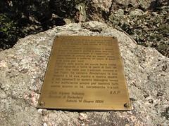 Ferrata Sant'Antone (Monti Pisani) (Emanuele Lotti) Tags: trekking san italia toscana montagna pisani grotte monti targa ferrata antone