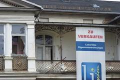 Luxus? (steffenz) Tags: signs schilder germany deutschland lenstagged pentax 85mm walimex usedom mecklenburgvorpommern 85mmf14 samyang k100d steffenzahn rawtherapee justpentax iamflickr walimex85mm walimexpro8514if walimexpro85mm114asphericalif