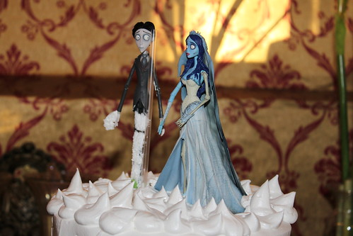 corpse bride wedding cake figures