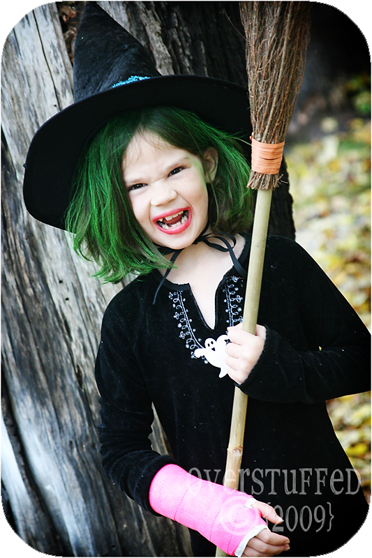 Chloe recast as an Evil Witch