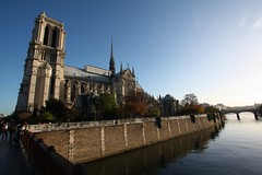 Notre-Dame de Paris (Mr Gourmand) Tags: bridge autumn paris france fall seine automne river cathedral notredame cathdrale pont francelandscapes worldland