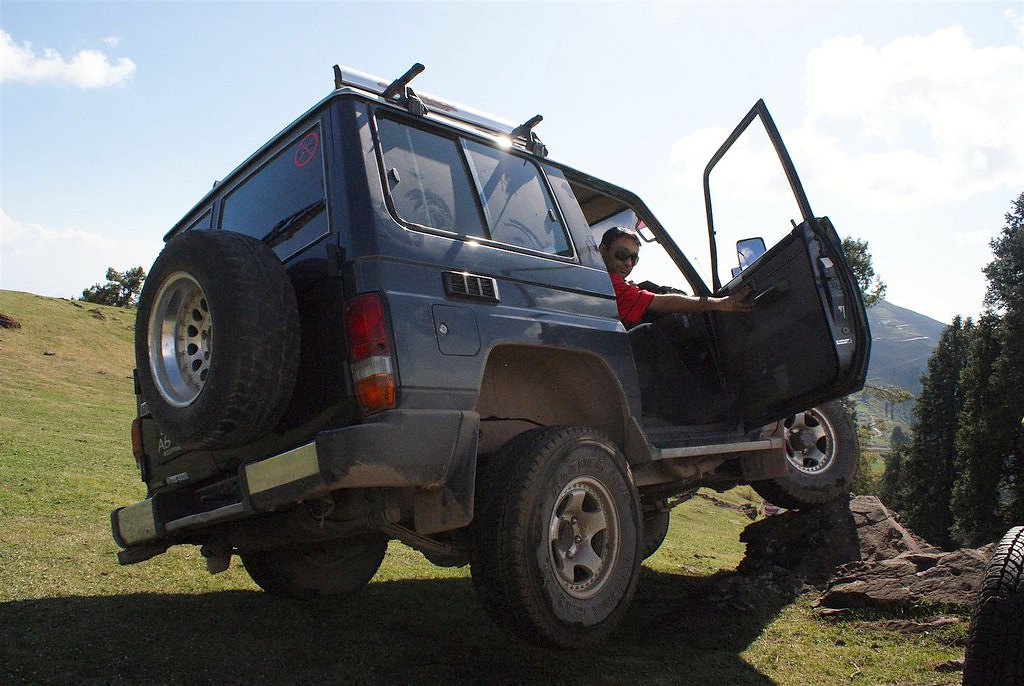 Muzaffarabad Jeep Club Trip to Pirchanasi - 5704167673 b0b889c1d5 b