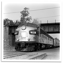 Under the Flyover (bogray) Tags: train lexington ky locomotive f7 emd dieselelectric rjcorman rjc1940