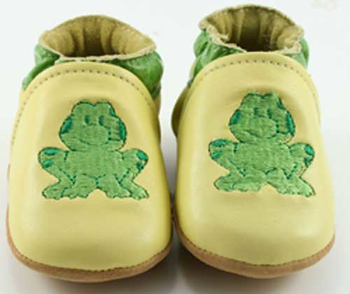 frog-soft-soled-baby-shoes