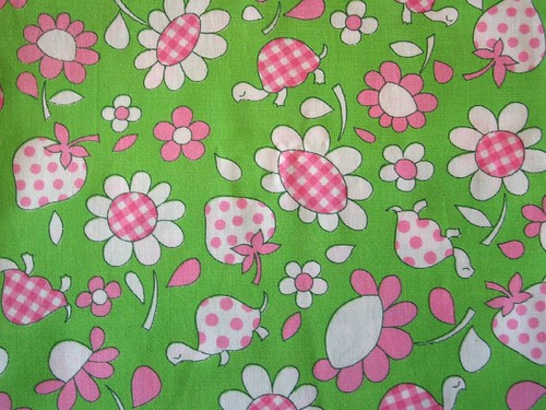 Vintage Fabric ~ Daisies, Turtles, and Strawberries!