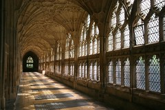 Gloucester - Cloister shadows (Heaven`s Gate (John)) Tags: windows england sunlight art history topf25 glass stone architecture fan shadows cathedral perspective harrypotter style gloucester cloister leaded perpendicular gloucestercathedral vaulting 100faves 50faves 10faves 25faves johndalkin heavensgatejohn gloucestercloistershadows
