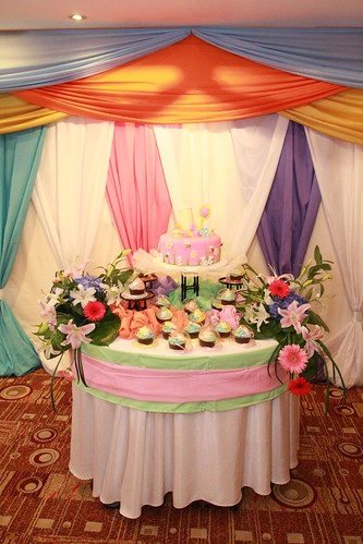 Cake by Dexter's Bakeshop