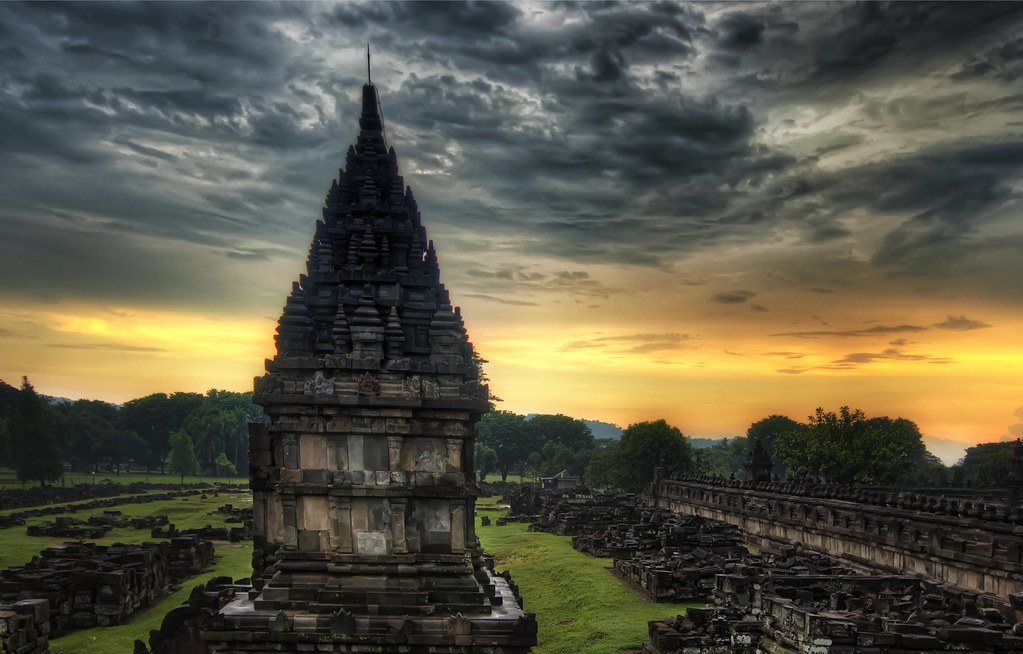 The Ruins of Prambanan in Yogyakarta (and two new reviews) (by Stuck in Customs)