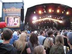 Lovebox Weekender (russelljsmith) Tags: uk friends england music london festival fun outdoors lights concert victoriapark europe stage gig crowd drinks drunks 2009 lovebox loveboxweekender 77285mm loveboxweekender2009 lovebox2009 lastfm:event=861454
