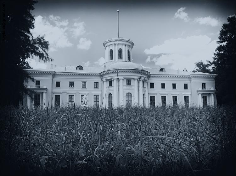 Archangelskoe Estate Palace