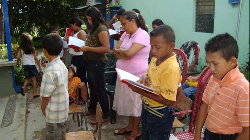 Sunday service at La Caramuca Lutheran Mission