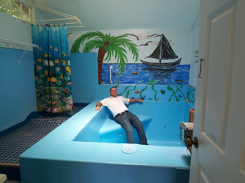 Back 2 the Bathroom - Enchantment Under the Sea, originally uploaded by  jiffyfeet.