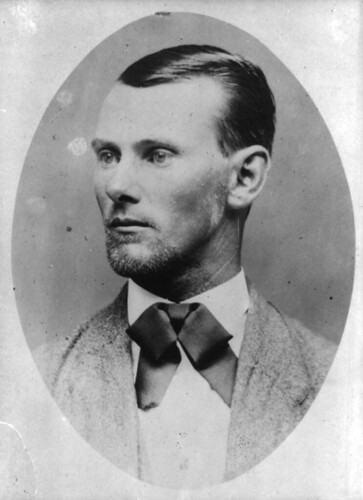 Jesse_james_portrait.jpg