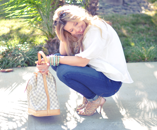 rich and skinny jeans  white blouse louis vuitton azur no and nude heels