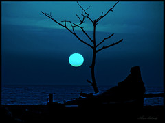 Moonlit (Explore) (aroon_kalandy) Tags: blue sea beach beauty night boat artistic sihloutte flickrsbest anawesomeshot malayalikkoottam sonyh50