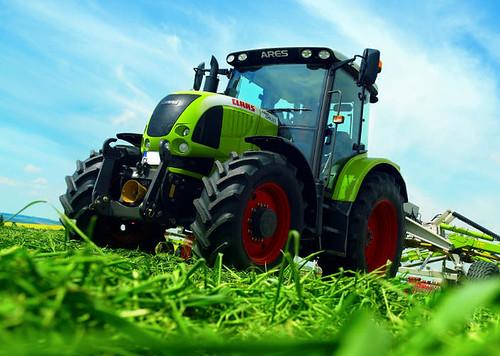 Traktory, ciągniki rolnicze Claas używane