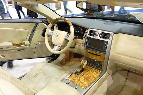 2009 Cadillac XLR interior