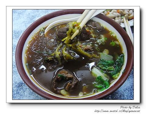 大貓紋 拍攝的 吳家牛肉麵 (6)。