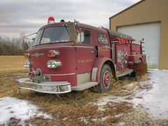 American LaFrance Pumper (W9NED) Tags: auto old winter red usa fire midwest unitedstates wheels indiana olympus southernindiana firetruck restoration fireengine volunteer firehouse hubcap department ohioriver perrycounty americanlafrance zd 1445mm