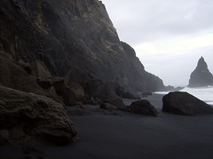 isza (smadventure) Tags: ocean mountain mountains blacksand iceland waves falls atlantic vik glacier waterfalls volcanic atlanticocean blacksandbeach