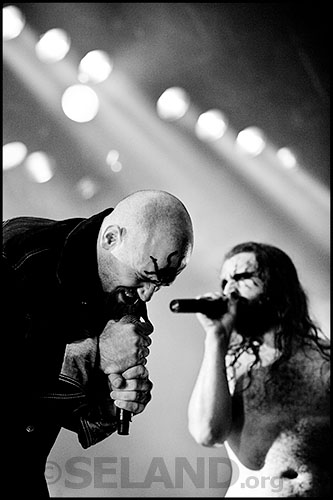 Nick Oliveri and Hank von Hell