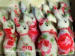 More little rabbits... (*ShabbyRosesCottage*) Tags: red rabbit bunny green rosa gingham vichy hase hschen hasen hasi cathkidston greengate rosali rosenstoff