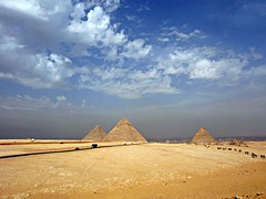 the roads to the Pyramids (kyuen13) Tags: egypt مصر digitalcameraclub the4elements اهرام