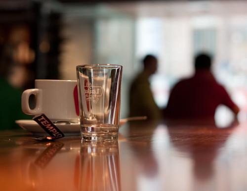 La charla del café por clausmatron.