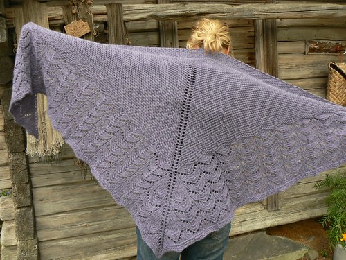 Wool Peddlers Shawl  FO6
