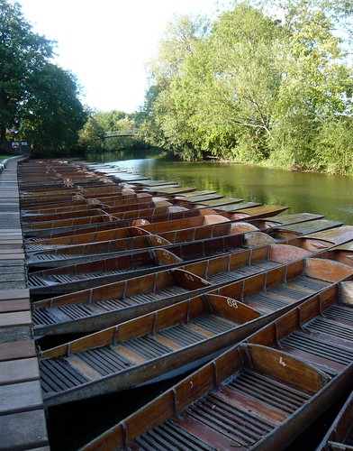 Punts at Cherwell Boat House by jameshead.