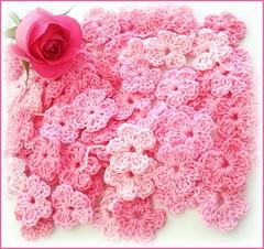 H flores no meu caminho (Lidia Luz) Tags: amigos flower handmade crochet flor croch lidialuz