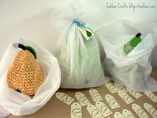 Tagged & Bagged Pears