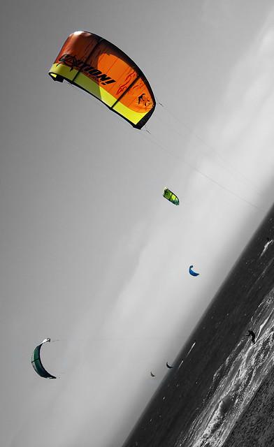 Coloring Kites I