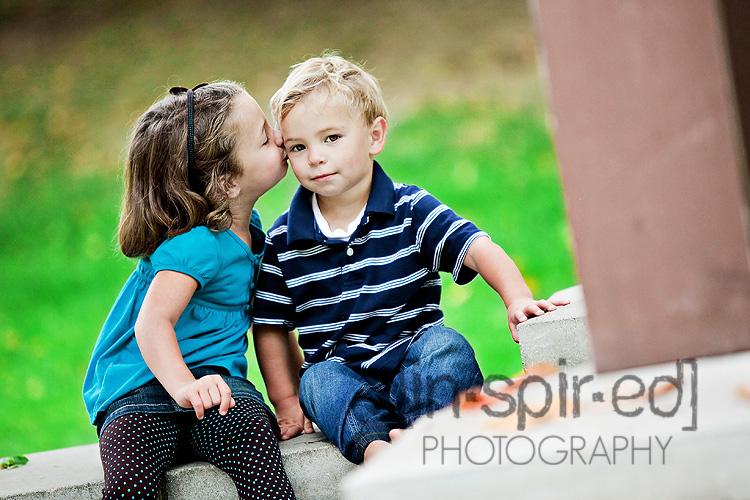 Sis Kiss.