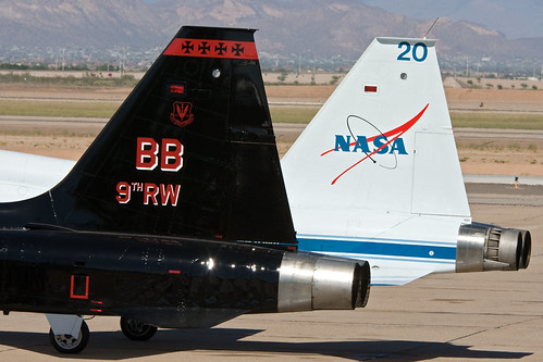 Airplane picture - T-38 Tails