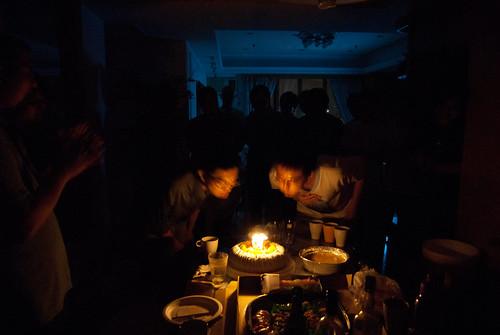 Rex & Shawn 一起吹蠟燭