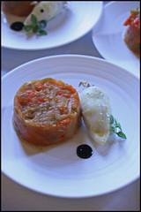 5814918024 ab53386fe3 m Tous au restaurant 2011