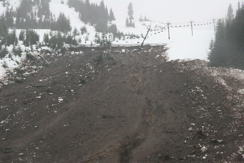 Avalanche and landslide at Hyak (Snoqualmie Summit East)