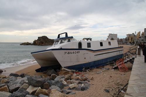 Retirada catamarà blanes