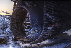 Tugboat laid to rest (Zds_) Tags: canon eos tugboat propeller hdr hugin dcraw 450d qtpfsgui