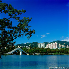 L45-04-08100394----- (sunshine) Tags: taiwan              120hasselblad sunshine
