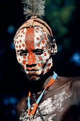 Africa - Ethiopia / Karo man (RURO photography) Tags: voyage travel portrait man black male tourism smile face canon photography necklace faces photos retrato cara reis tribal tourist bodypaint valley portraiture tribe portret karo homem hombre anthropology homme stam afrique reizen ethnology omo africaine etiopia stammen gesichter stmme ethnique tribue omorate ethnie kartpostal fun tribalgroup enstantane etipia  etiyopya anawesomeshot journalistchronicles   supershot fadingcultures ethnograaf ethnografisch culturasperdidas indegenoustribal verdwenenculturen globalbackpackers lonelyplanet discoveryphoto discoverychannel discoveryexpeditions voyageursdumonde nationalgeographic inspiredelite kleikapsel karoman rudiroels thegalleryoffineportrait